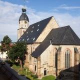 1 Nicolaikirche und Rathaus (links) Schmölln